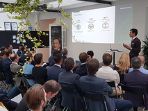 Credit Suisse and TOP 100 connecting entrepreneurs and investors at breakfast